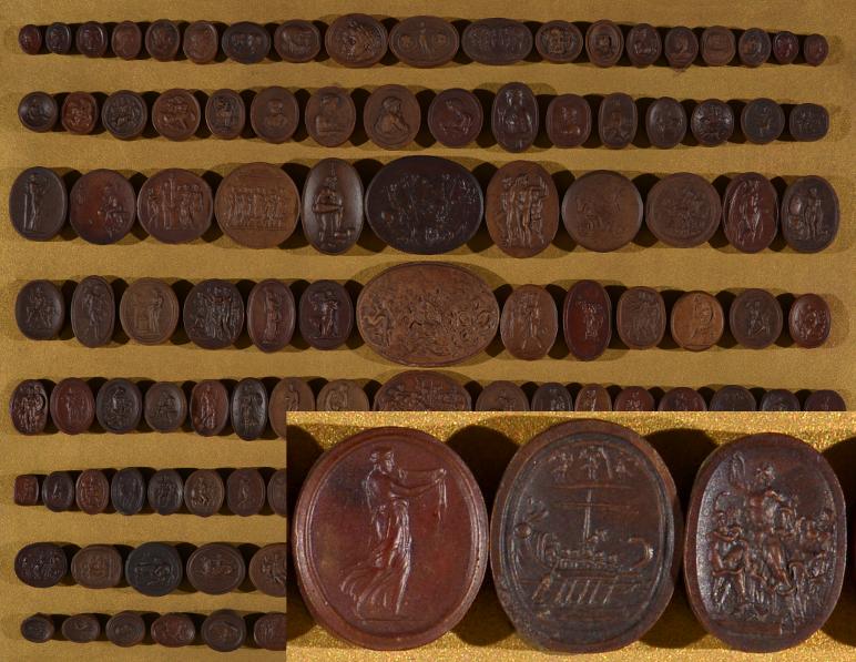 Del zbirke gem Narodne galerije v Ljubljani. Detajl predstavlja tri geme, na srednji je upodobljen na jambor privezan Odisej, o katerem v pogovoru pripoveduje Alenka. Te geme so manjše od dveh centimetrov. (foto: arhiv AS)