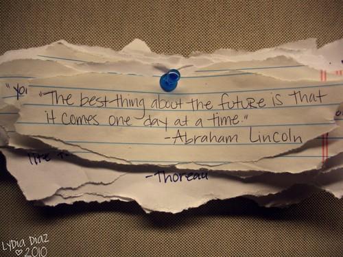 (foto via riotlainie.buzznet.com)