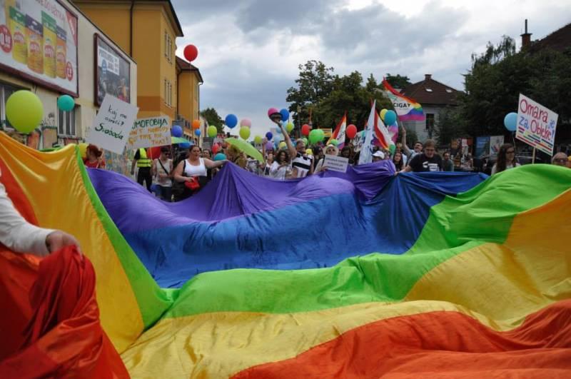Ljubljana Pride 2014 (foto via Facebook stran Ljubljana Pride)