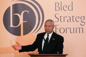 Nekdanji zunanji minister ZDA Colin Powell na Blejskem strateškem forumu 2010 (foto via MZZ)